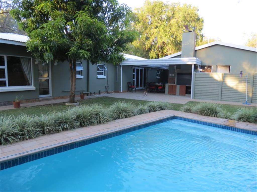 4 Bedroom  House for Sale in Lephalale - Limpopo