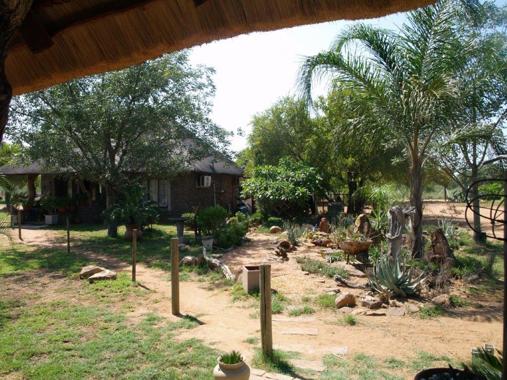 2 Bedroom  Smallholding for Sale in Lephalale - Limpopo