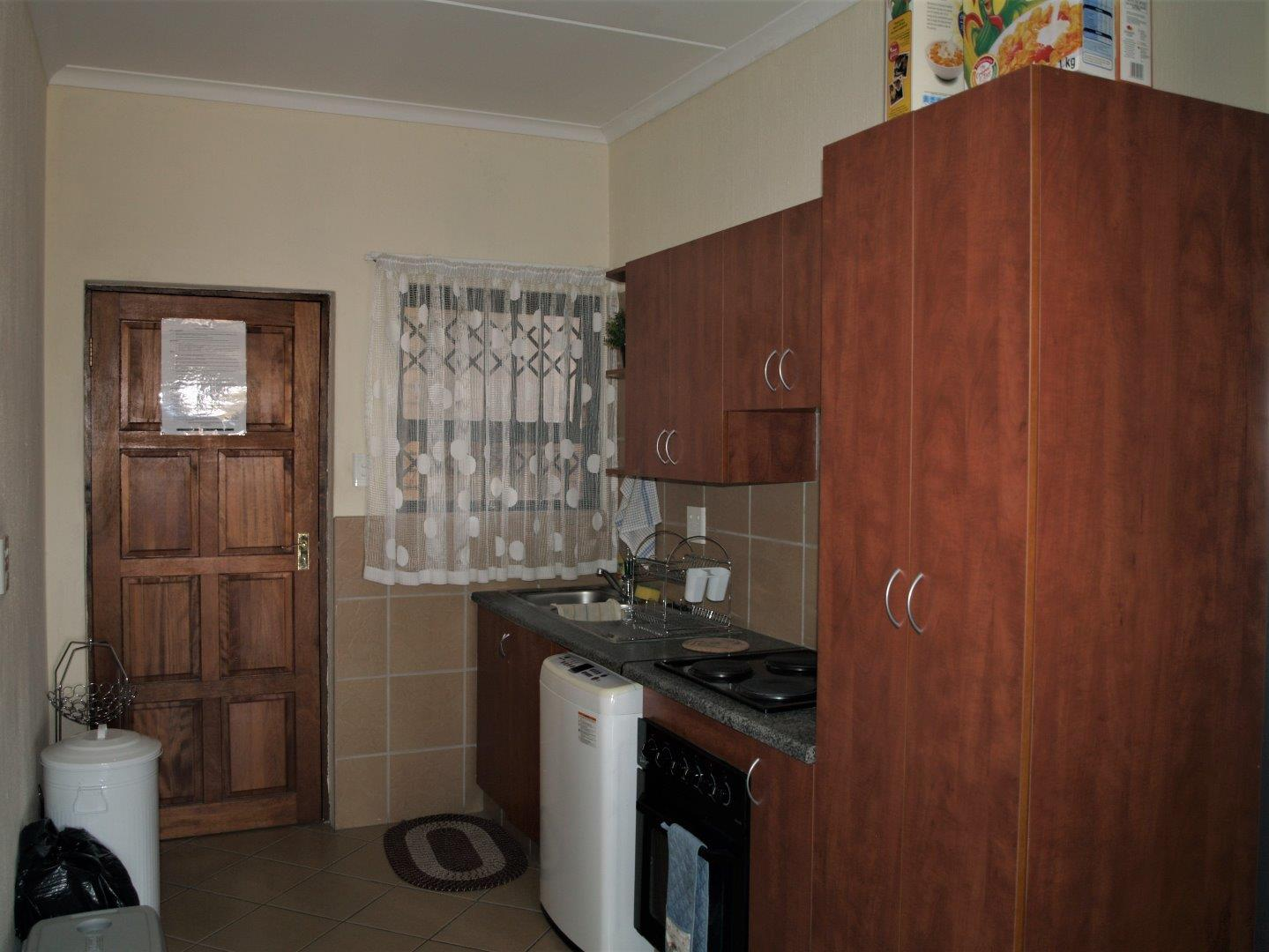3 Bedroom Apartment for Sale in Onverwacht, Lephalale - Limpopo