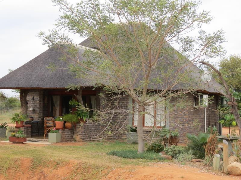 6 Bedroom  Smallholding for Sale in Lephalale - Limpopo
