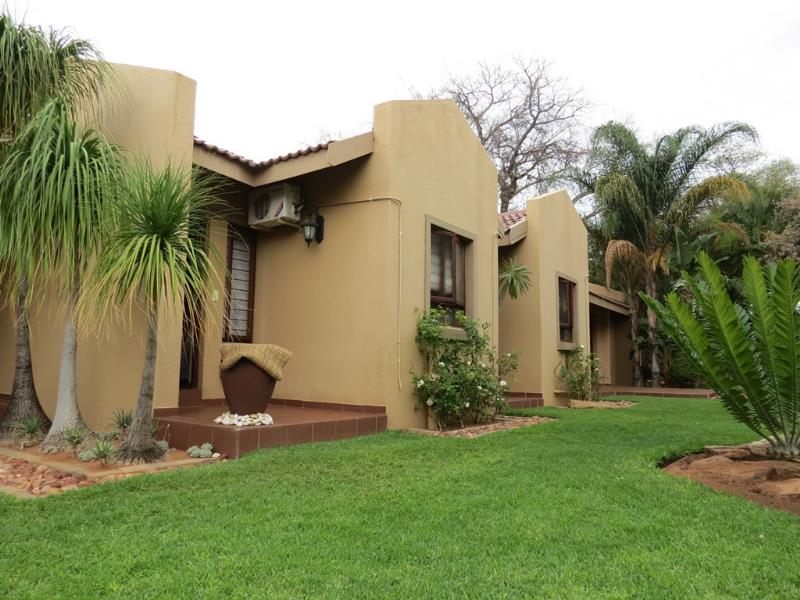 6 Bedroom  Guesthouse, Hotel for Sale in Lephalale - Limpopo