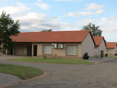 2 Bedroom Townhouse for Sale in Onverwacht, Lephalale - Limpopo