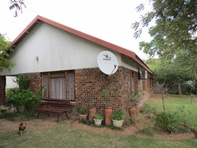 3 Bedroom House for Sale in Vaalwater, Vaalwater - Limpopo